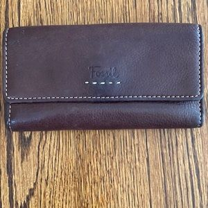GUC Fossil genuine leather wallet